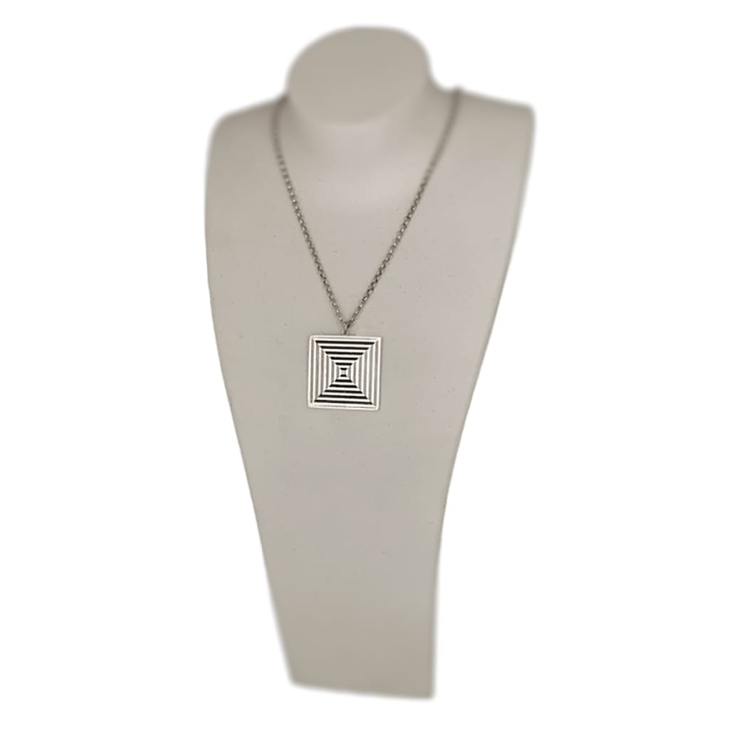 Women-Square-Optical-Pendant-Necklace