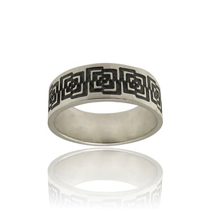 Unisex Geometric Design Ring Front View