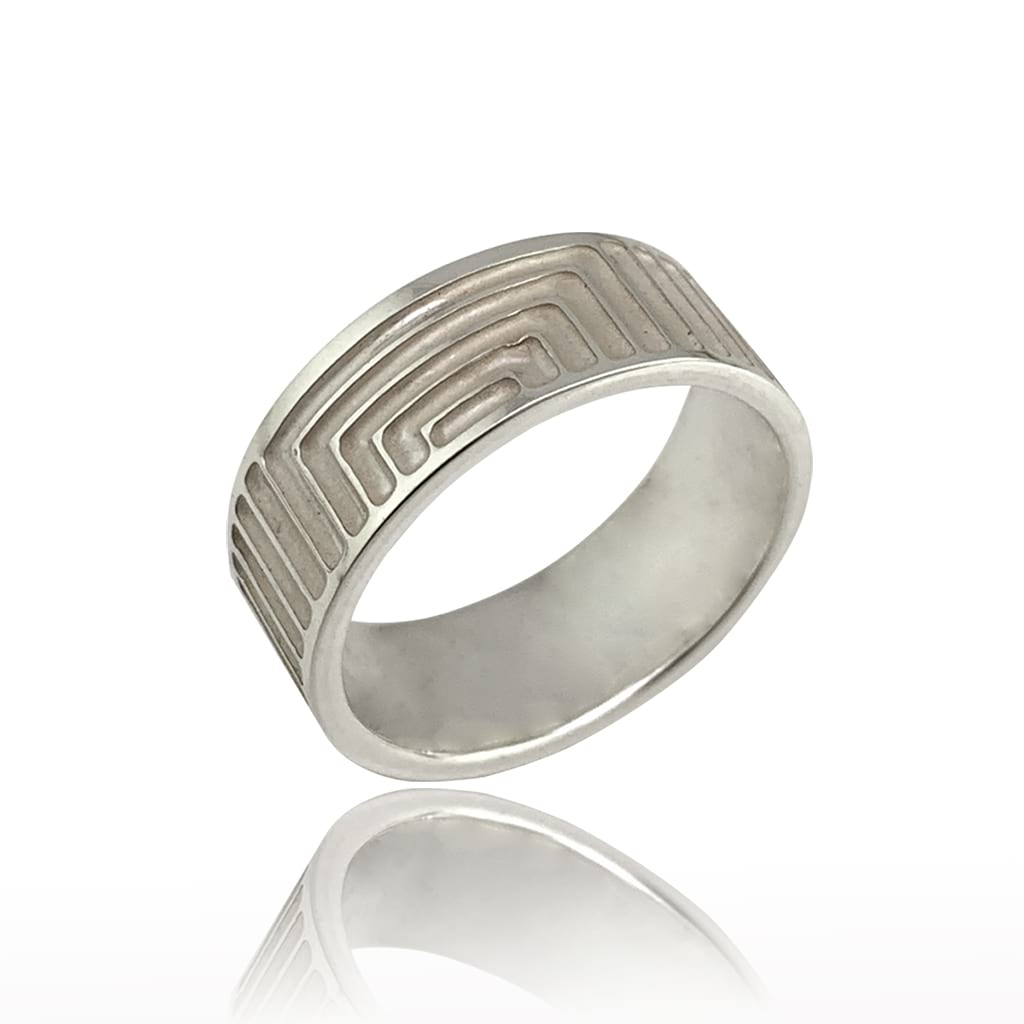 Silver Ring Band with Geometric Lines on a White Background