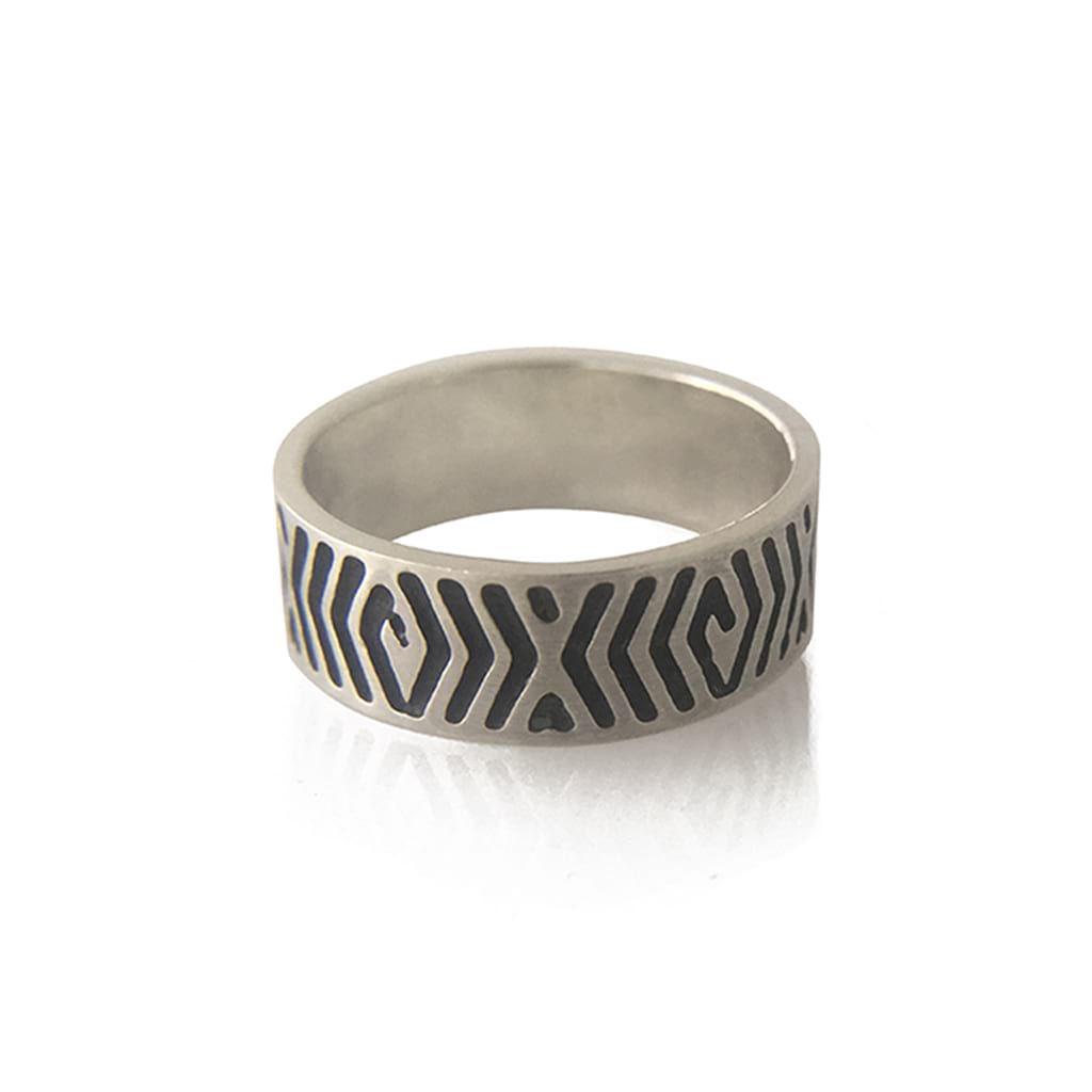 7mm-Wide-Unisex-Abstract-Ring-flat