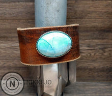 Load image into Gallery viewer, Wide Leather & Turquoise