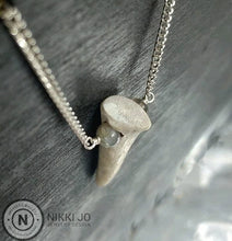 Load image into Gallery viewer, Deer Antler Tip Necklace