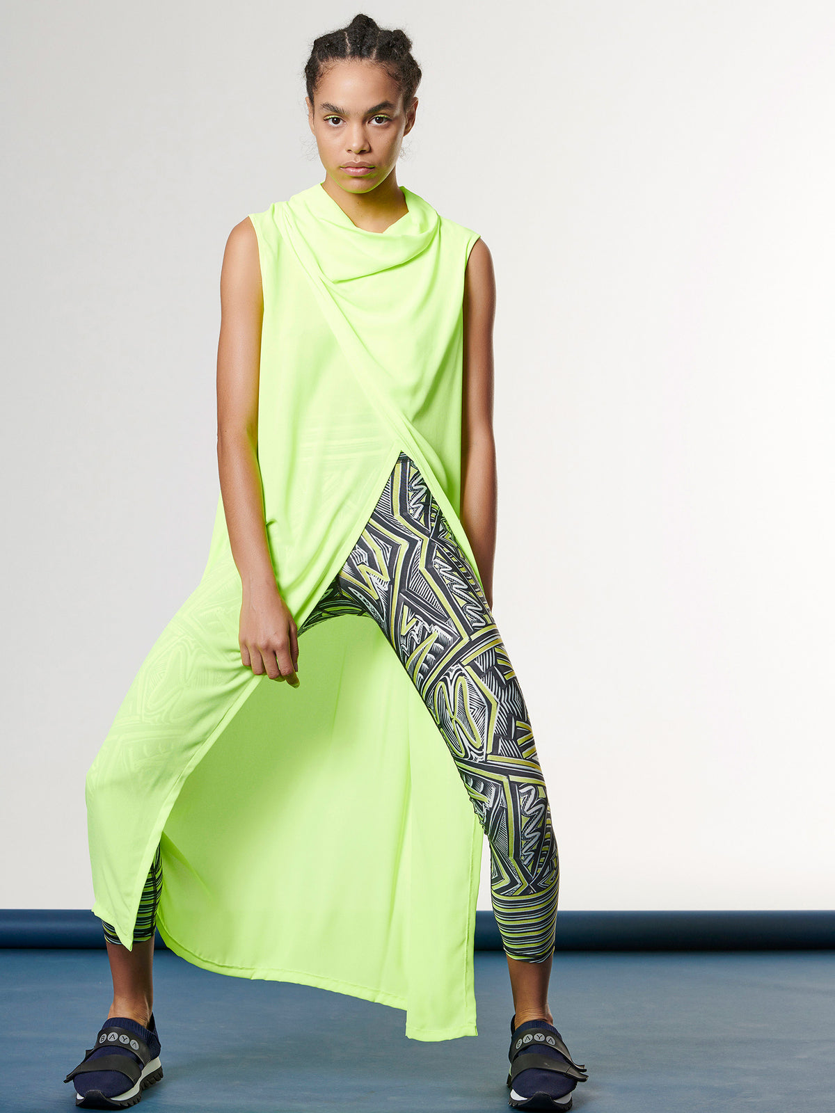SPORT DRAPE TOP -NEON YELLOW