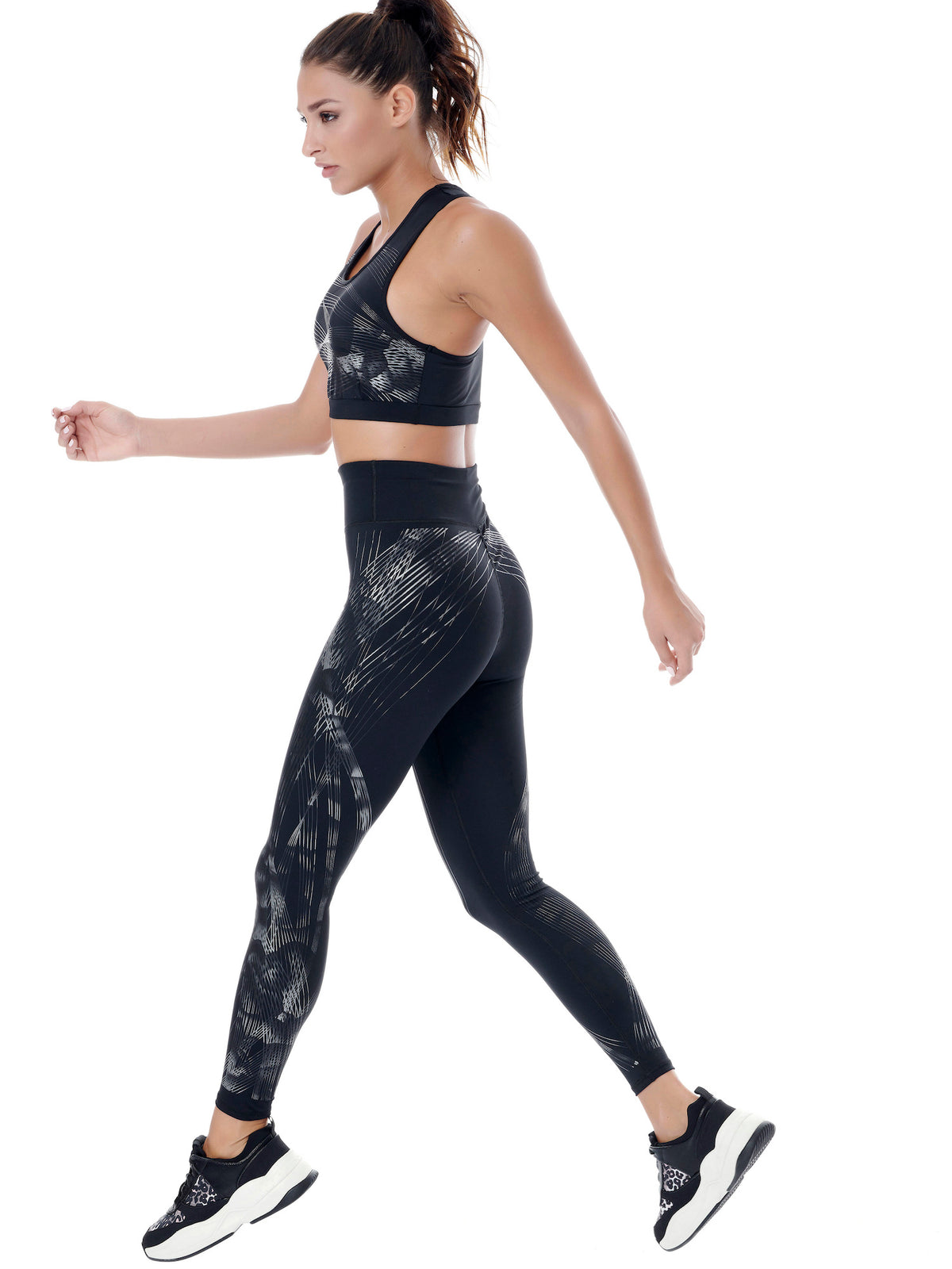 GLOBETROTTER SET (LEGGINGS & TOP) - BLACK