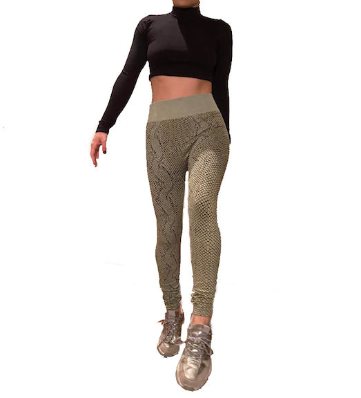 BLACK LONG SLEEVE & PYTHON PRINT ACTIVEWEAR SET