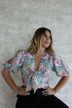 Load image into Gallery viewer, WHITE PEACOCK PRINT BLOUSE
