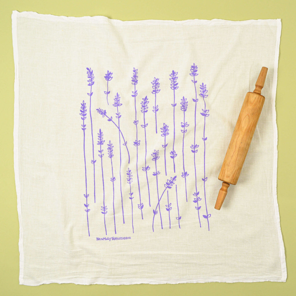 Kei & Molly Lavender Sprigs Flour Sack Dish Towel in Lilac Full View