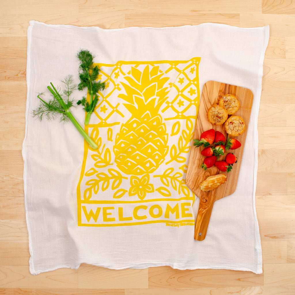 Kei & Molly Pineapple Flour Sack Dish Towel in Yellow with Props