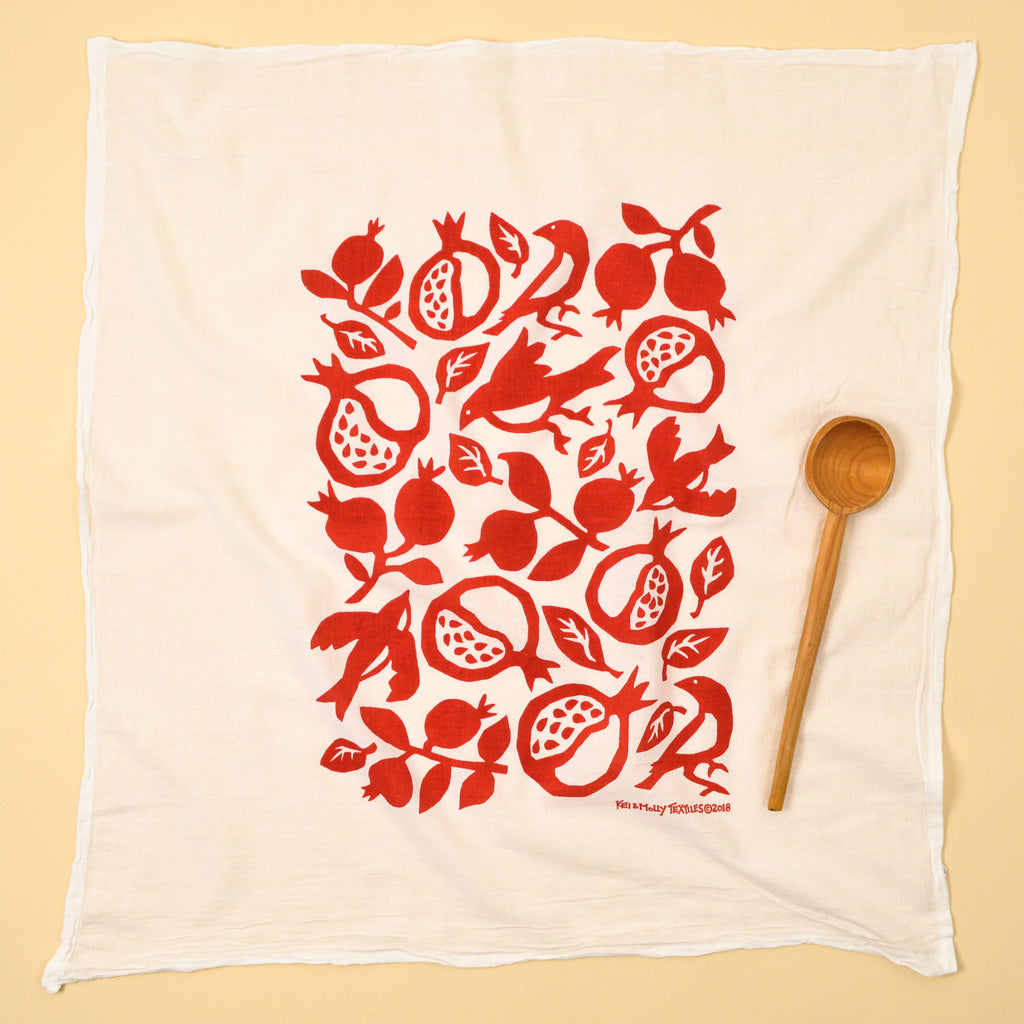 Kei & Molly Pomegranate Flour Sack Dish Towel in Red Full View