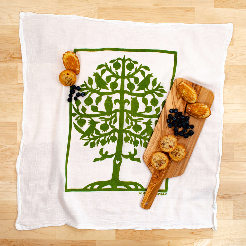 Kei & Molly Gardener's Delight Bundle Tree of Life Flour Sack Dish Towel in Green with Props