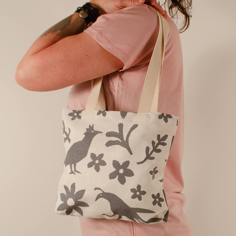 Kei & Molly Mini Tote Bag with Buffalo & Friends Design in Grey