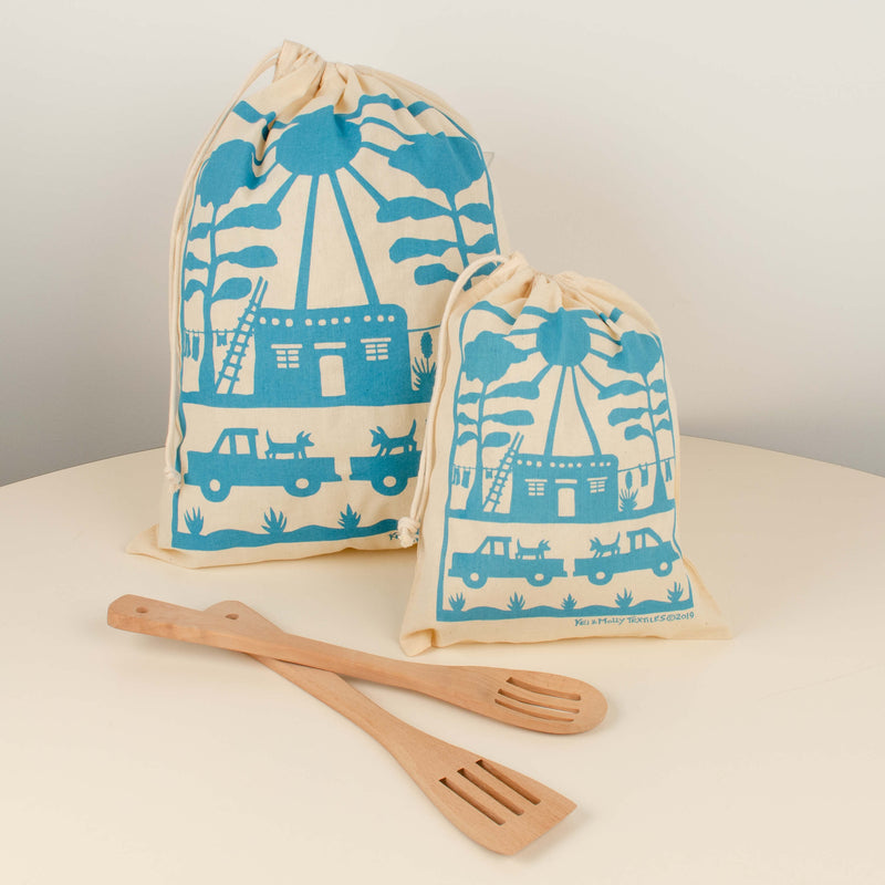 Kei & Molly Reusable Cloth Bag Set in Adobe House Design in Turquoise with Props
