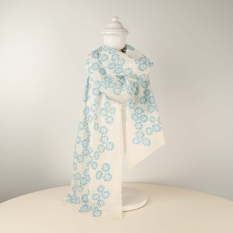 Kei & Molly Scarf in Daisies Design in Turquoise Full View