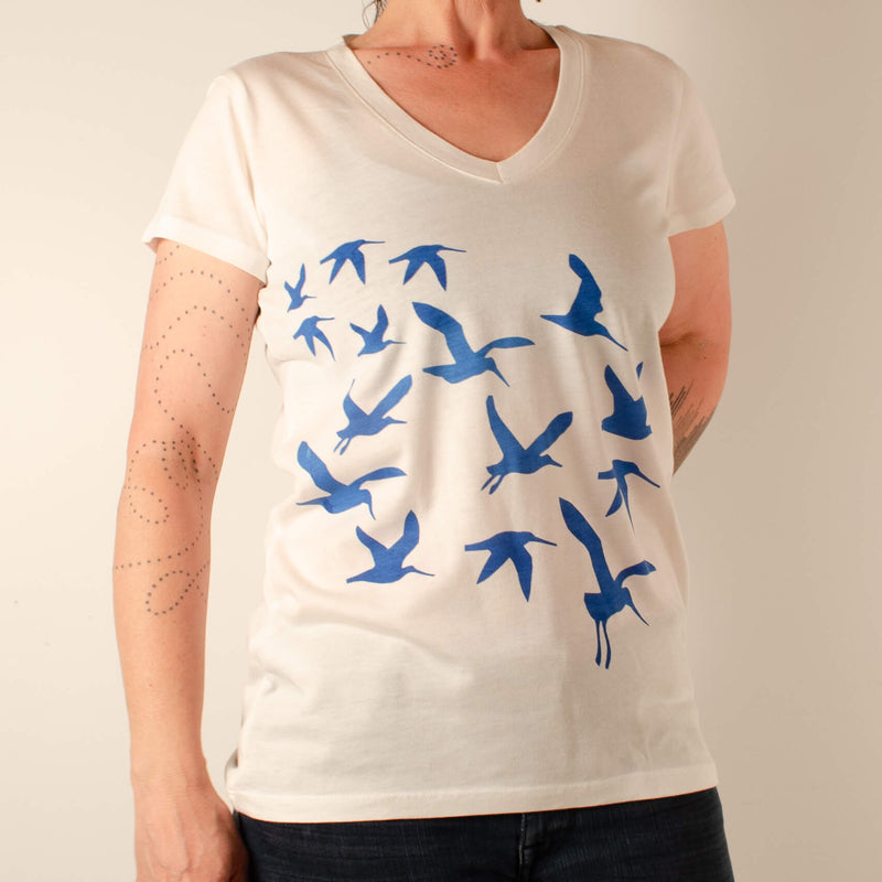 Kei & Molly V-Neck T-shirt in Cranes Design Full View