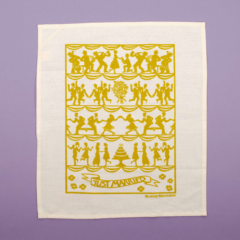 Kei & Molly Wedding Linen/Cotton Tea Towel in Gold Full View