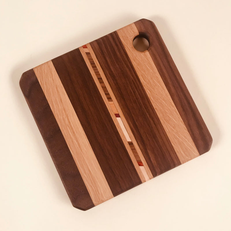 Cutting Board: Square