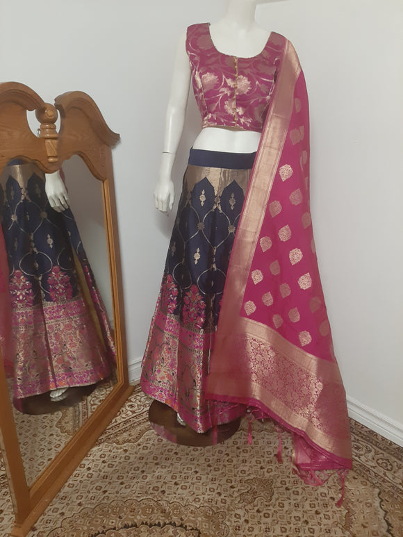 Heavy bordered Blue Lehenga