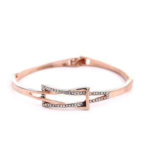 Slight Water Diamond Bangle Bracelet