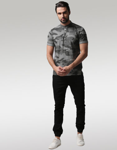 Men Charcoal Grey Camouflage Printed Mandarin Collar T-shirt