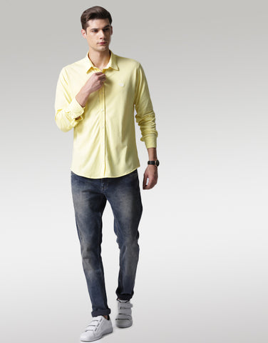 Men Yellow Classic Slim Fit Solid Casual Shirt