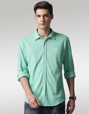 Men Green Classic Slim Fit Solid Casual Shirt