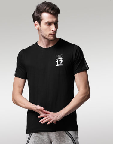 Men Black Solid Round Neck T-shirt