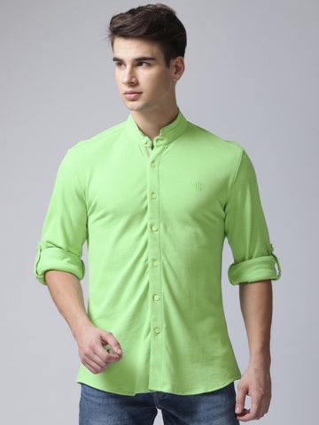 Men Green Classic Regular Fit Solid Casual Shirt