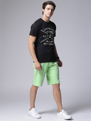 Men Green Solid Regular Fit Regular Shorts