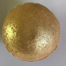 Load image into Gallery viewer, King's Gold Bath Bomb
