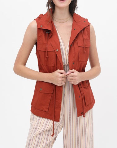 Lightweight Hooded Vest (Rust)