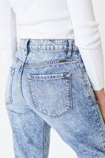 Load image into Gallery viewer, High Rise Hem Detail Mom Jeans