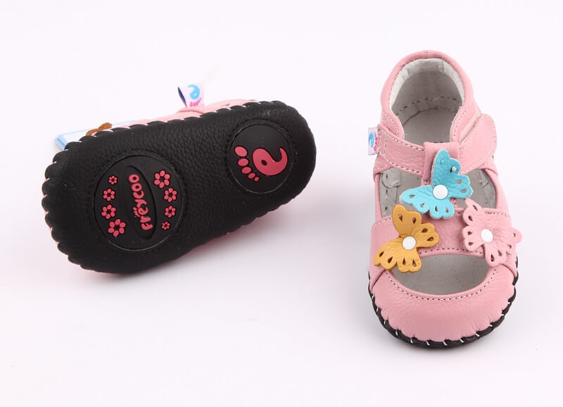 Spring baby girl shoes pink sandals with butterflies leather with non skid leather sole