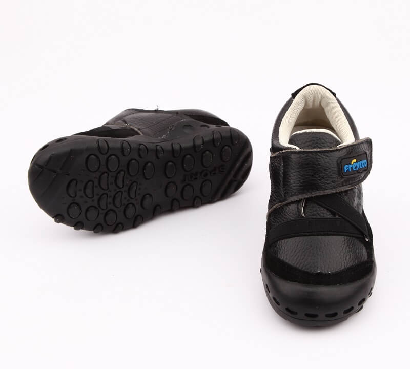 Dylan black leather boys sneakers