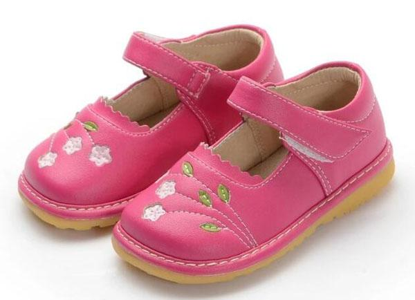 Pink leather toddler girls shoes with white flowers mary jane