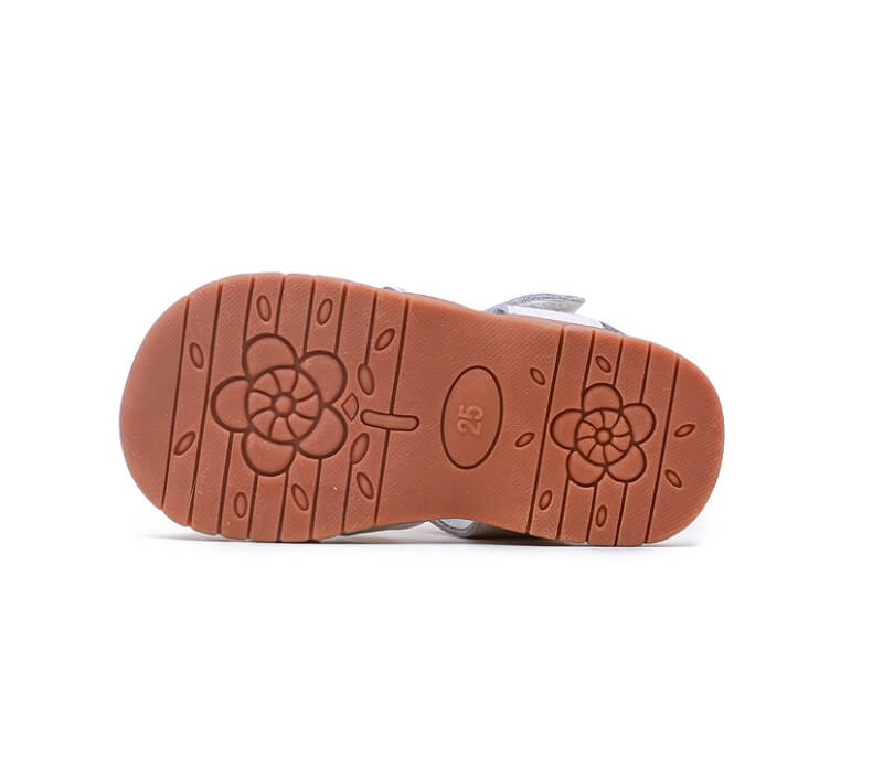 Flutter toddler sandals with flexible rubber soles