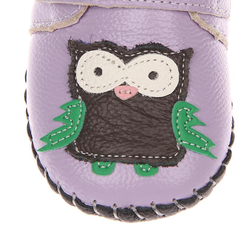 Leather first walker baby girl sneakers purple with owl top view