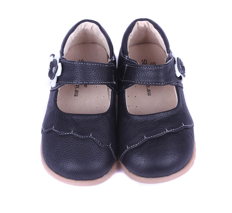 Lacey toddler girls mary jane shoes black leather front view