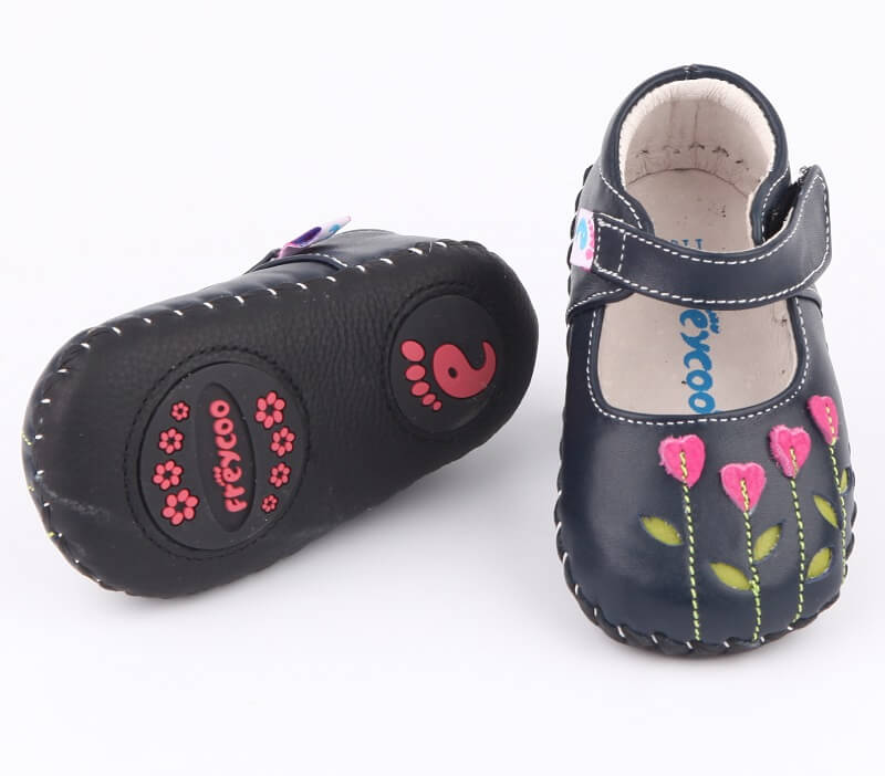 Pretty baby shoes navy leather with pink flower detailing top view