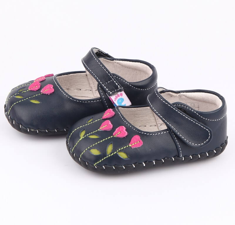 Baby girl mary jane shoes navy with adjustable velcro strap side view