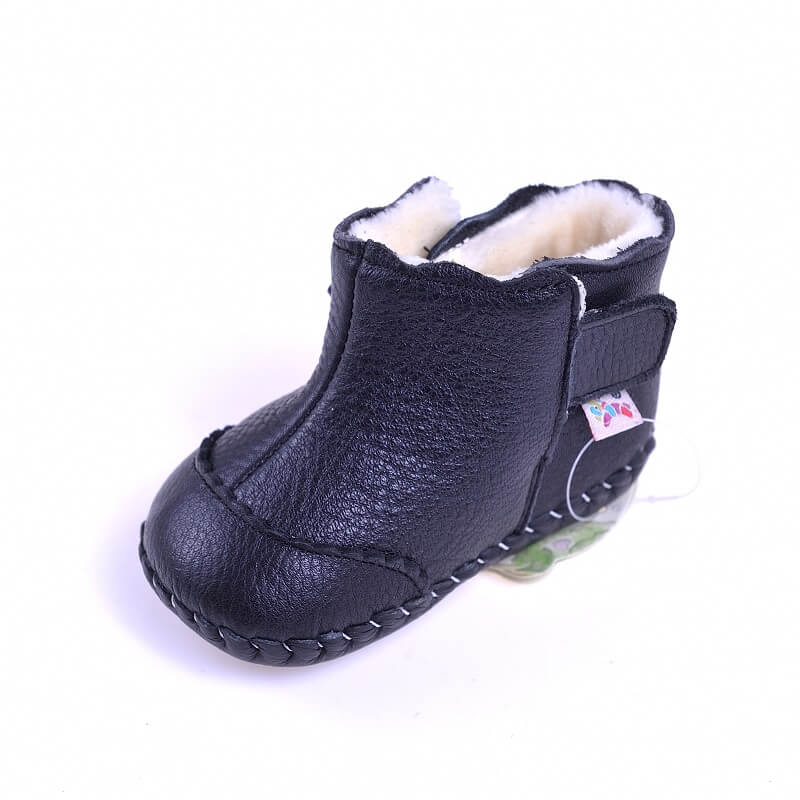 Leather baby girls boots Mia black with bow detail side view