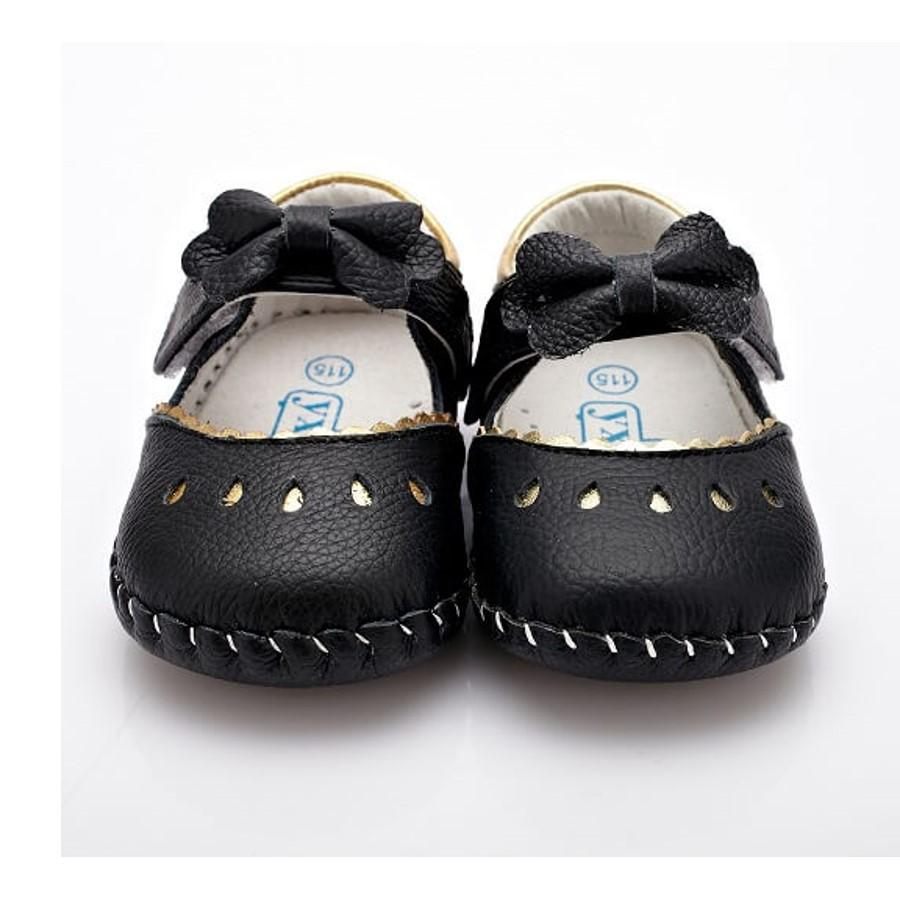Princess black leather mary jane baby shoes front view
