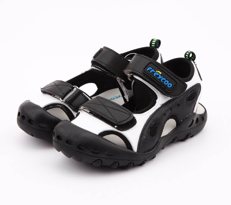 Recreation leather boys reef style sandals