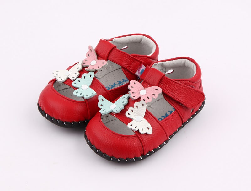 Spring baby girl shoes red leather with butterflies side view
