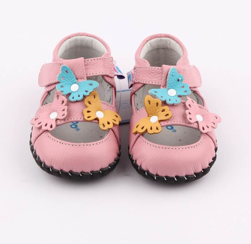 Spring pink leather baby girls sandals with butterflies