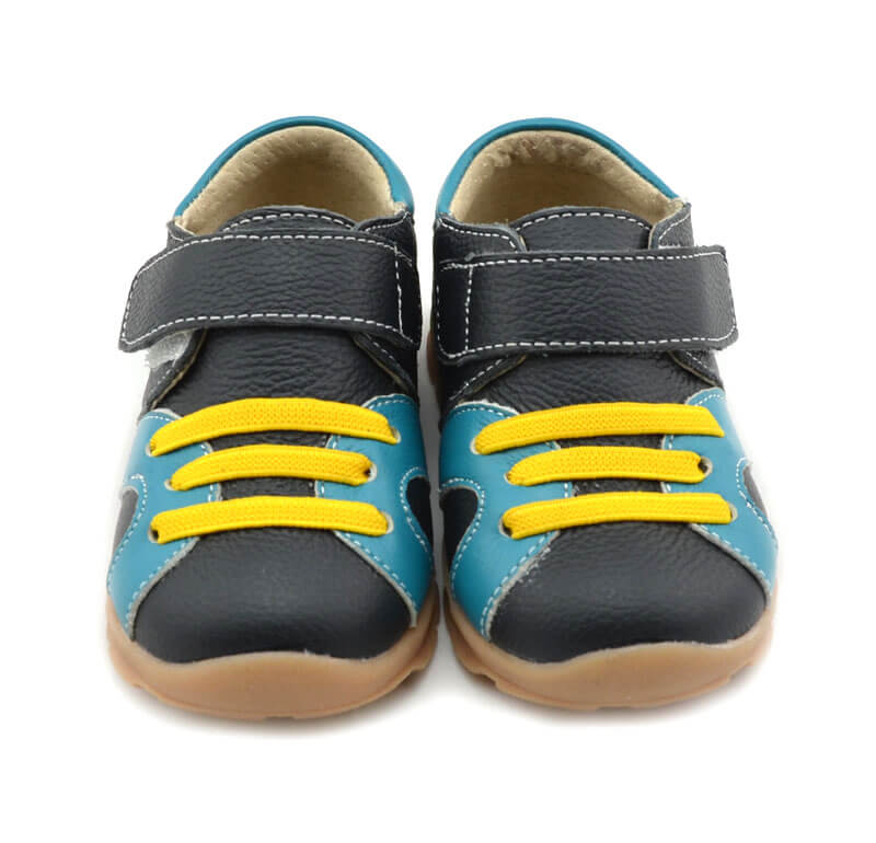 Whippersnapper black toddler boy's sneakers front view