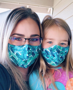 MOMMY AND ME 2 PC SET OF TROPICAL MASKS