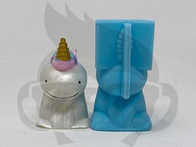 Load image into Gallery viewer, Fluffy Unicorn Silicone Mold - Straw Topper