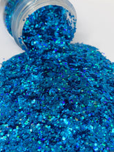 Load image into Gallery viewer, Arctic - Chunky Holographic Glitter