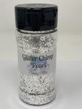 Load image into Gallery viewer, Pearl - Chunky Color Shift Glitter