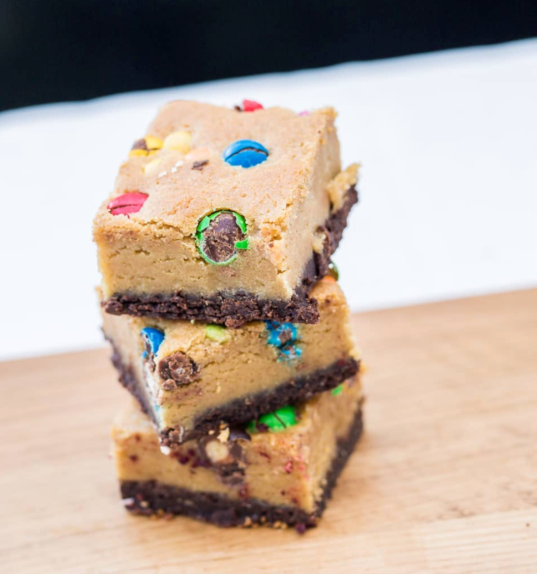 Load image into Gallery viewer, FAT BOI BROWNIES - Crispy M&M - Sugar Coat It - Perth Dessert Boxes
